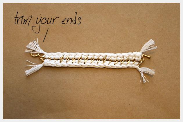 DIY Crocheted Bracelet Finished