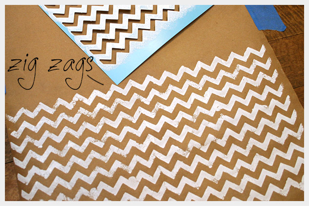 Holiday Gift Wrap DIY Zig Zag