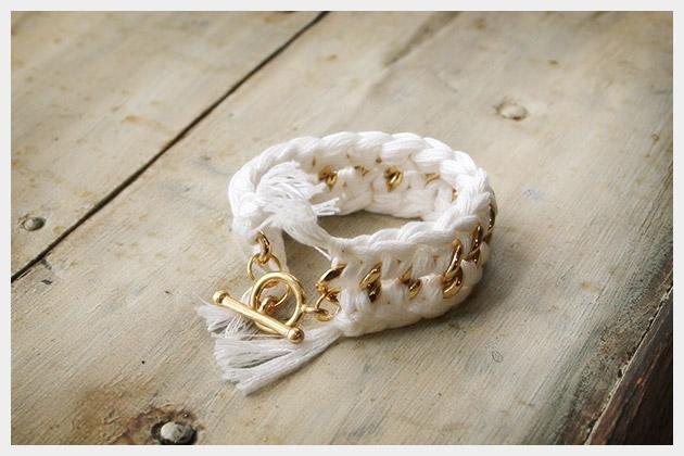 DIY Crocheted Bracelet