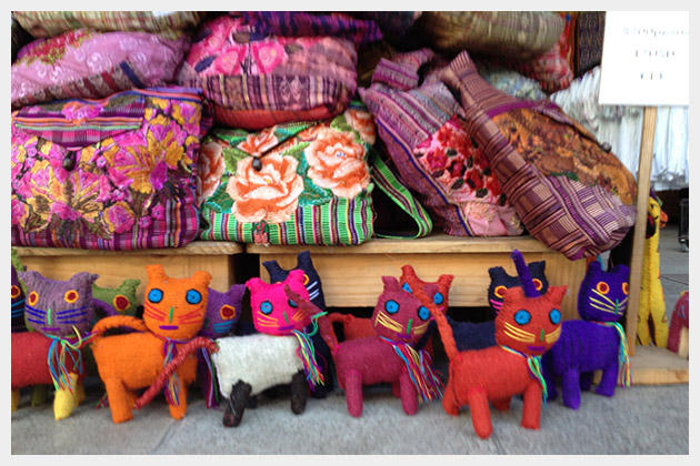 Crafts in Playa Del Carmen