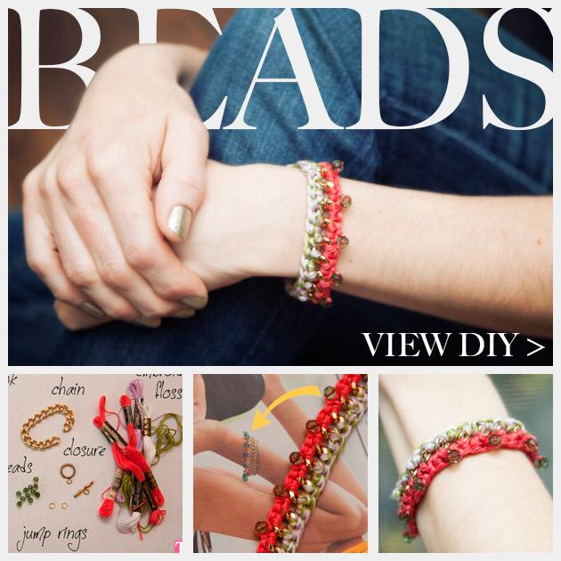 DIY Crochet Beaded Bracelet Feature www.trinketsinbloom.com
