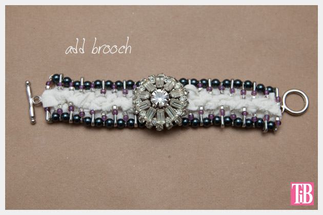 DIY Safety Pin Bracelet with Brooch Adding Brooch