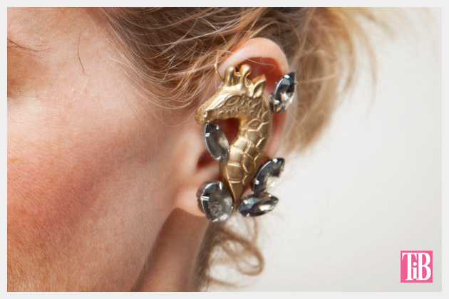 DIY Ear Cuff Close Up Giraffe