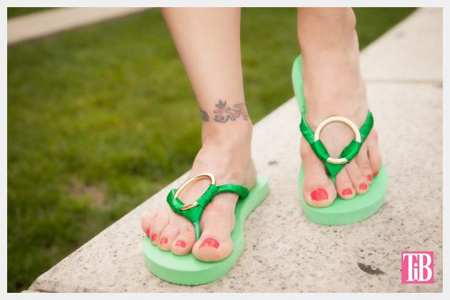 Green and Gold DIY Flip Flops Photo 3