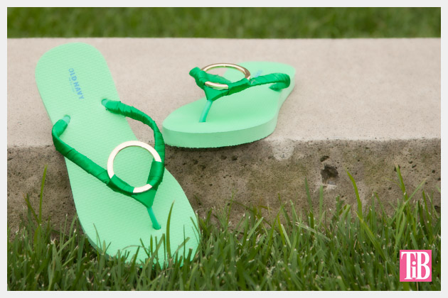 Green and Gold DIY Flip Flops Photo 1