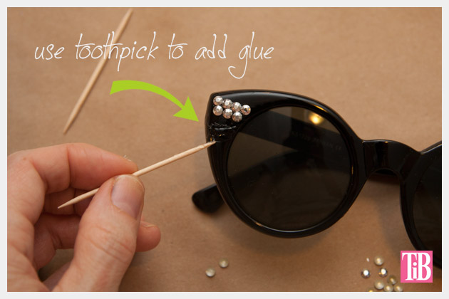 DIY Sunglasses with Silver Nailheads Gluing