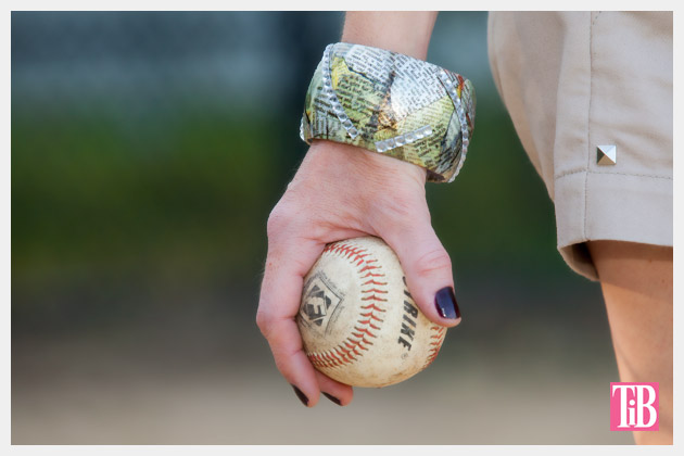 DIY Bangle Bracelet with Tape Photo Holding Baseball