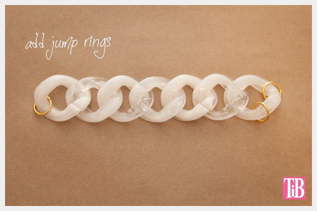 Large Plastic Chain Bracelet DIY Adding Jump Rings