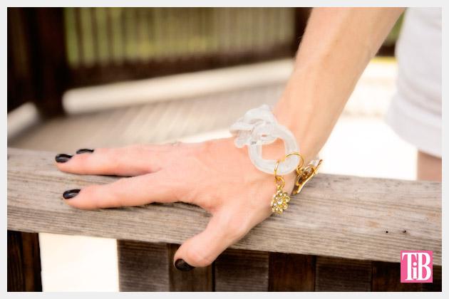 Large Plastic Chain Bracelet DIY Photo 1