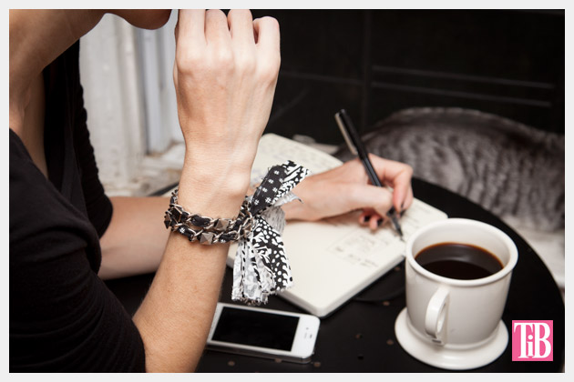 Dear Stella Fabrics DIY Woven Chain Bracelet Photo 1