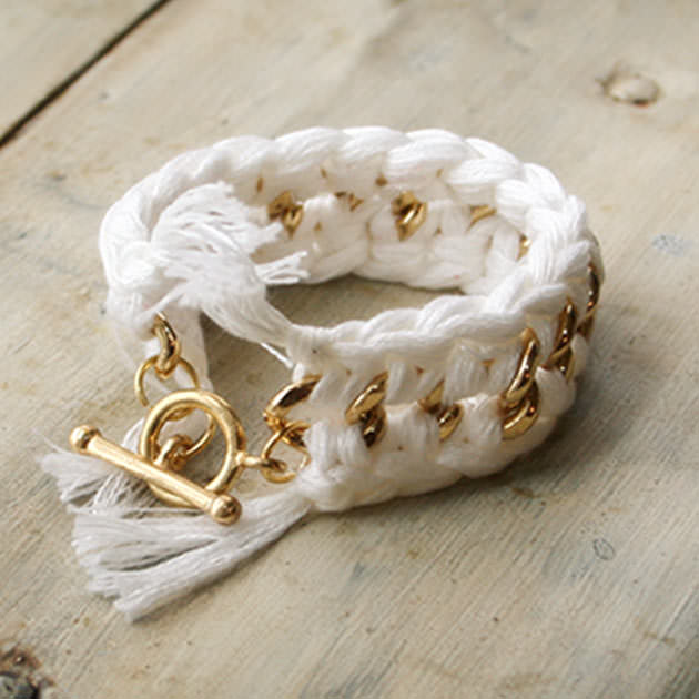 Crochet Bracelet DIY
