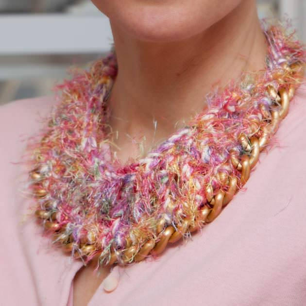 Crochet Necklace DIY