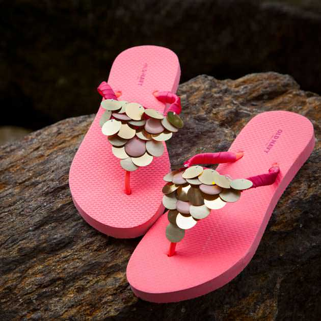 DIY Flip Flops with Paillettes