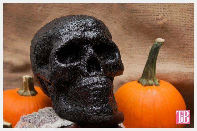 Halloween Glitter Skull DIY Photo