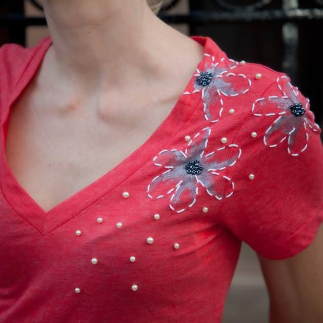Handpainted Embellished T Shirt DIY