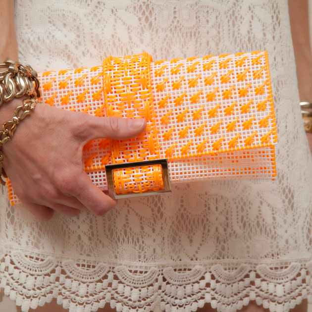 Plastic Canvas Clutch DIY