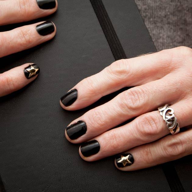 Gold Star Manicure DIY Tutorial