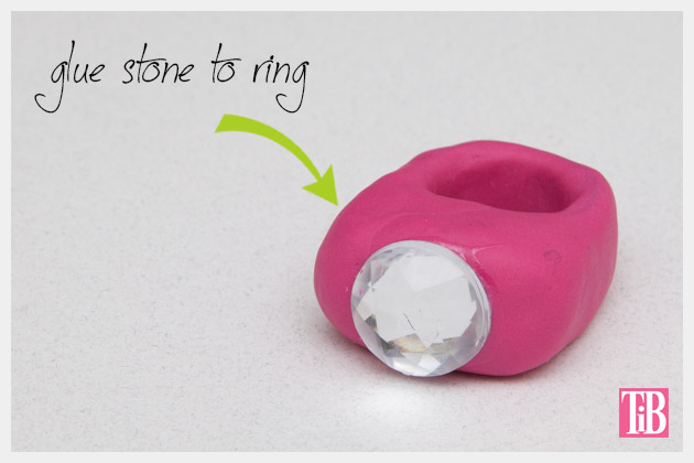 Faux Fur Fimo Clay Ring DIY Gluing the Stone