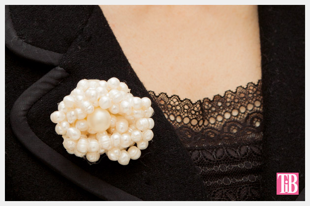 Twisted Pearl Brooch DIY Close Up Photo