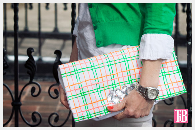 Neon Tote DIY Photo Clutch