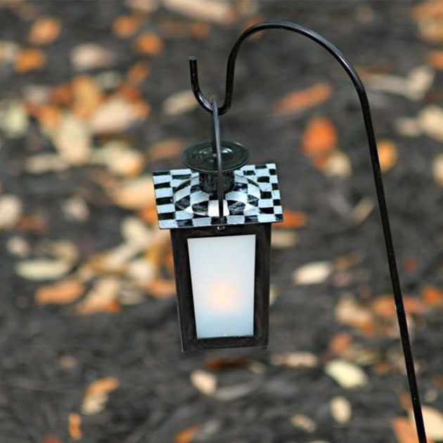 Dollar Store Crafts Decorated Hanging Lanterns