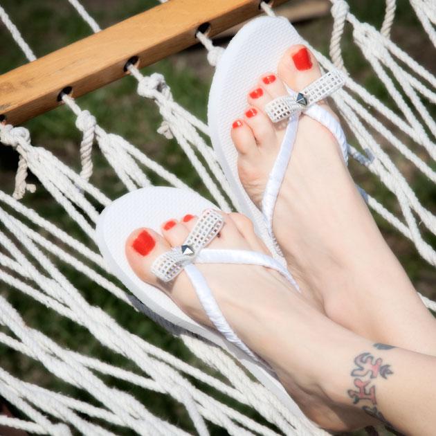 Bow Flip Flops DIY Tutorial