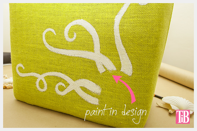 DIY Beach Tote With Shells Painting