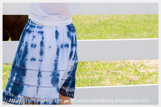 Blue and White Tie Dye Skirt DIY Photo 6 Close Up