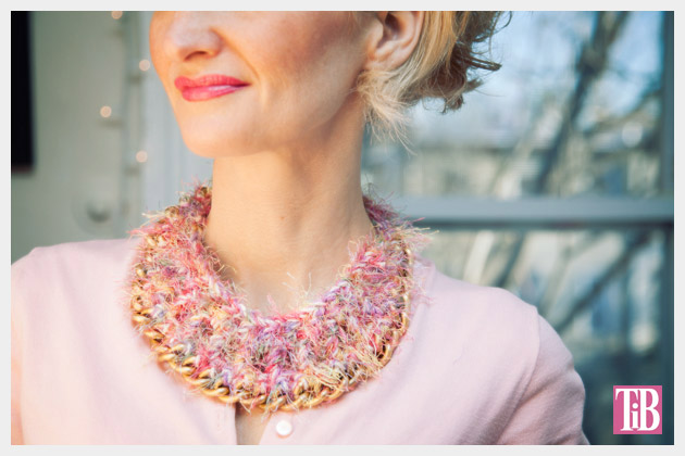 DIY Crochet Necklace by Trinkets in Bloom
