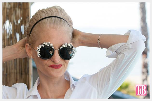 DIY Pearl Sunglasses Photo 1