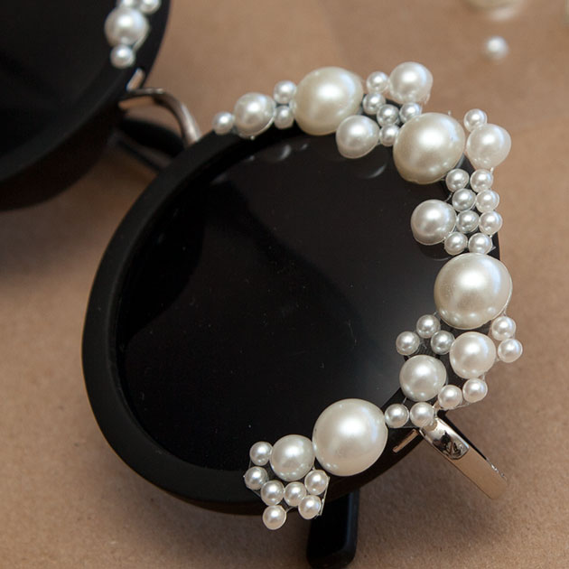 DIY Pearl Sunglasses Close Up