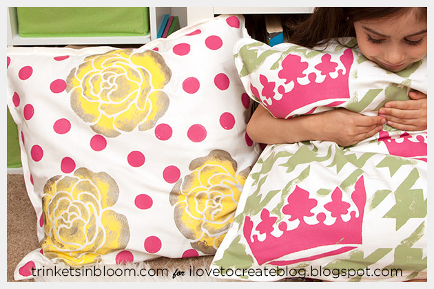 DIY Stenciled Pillows Photo 2