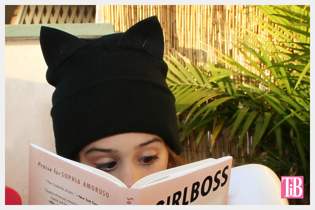 DIY Cat Beanie Photo reading