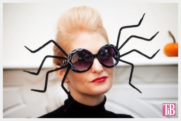 Halloween Spider Sunglasses DIY by Trinkets in Bloom