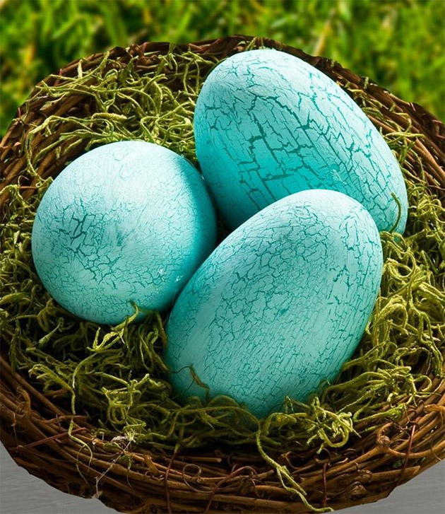 Crackle Finish Easter Eggs by Cathie and Steve