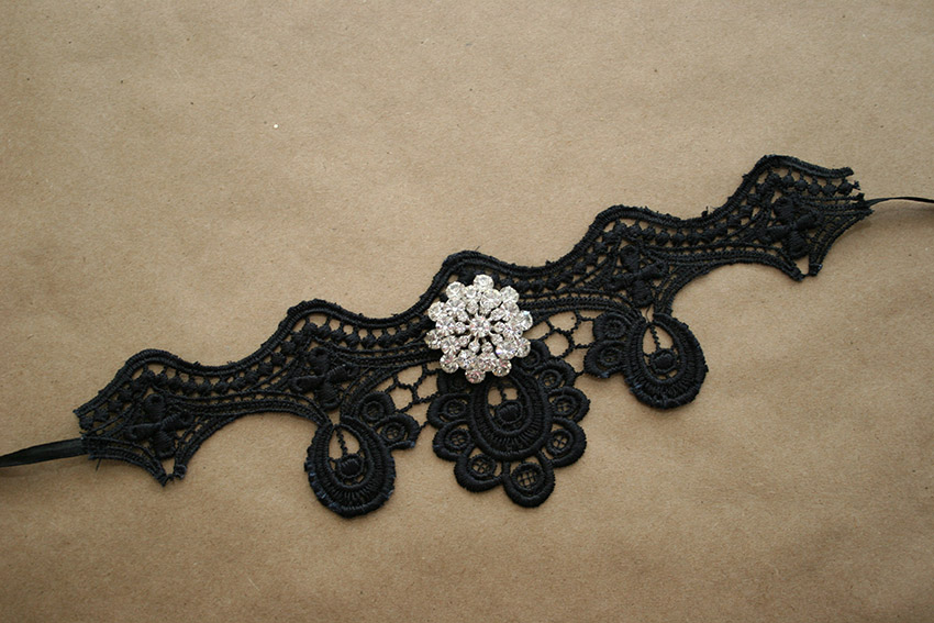 Gothic Choker DIY Flat Finished by Trinkets in Bloom
