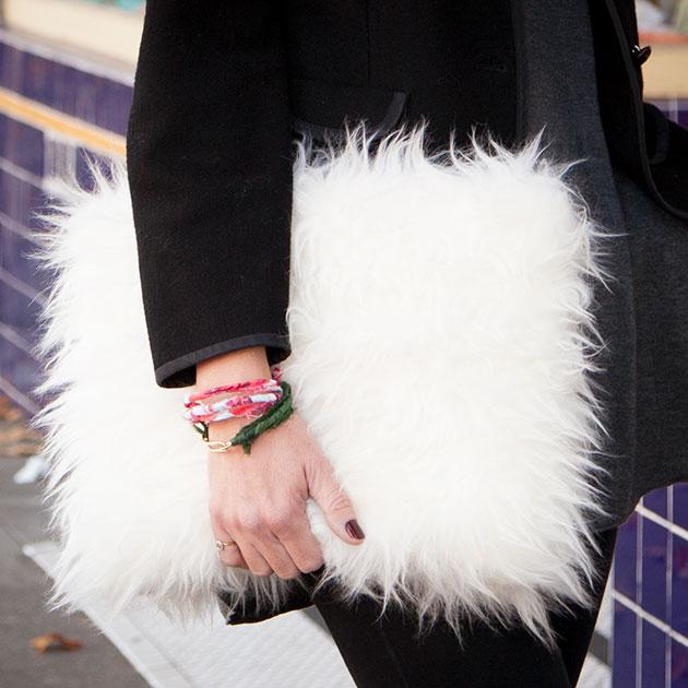 DIY Faux Fur Clutch 630