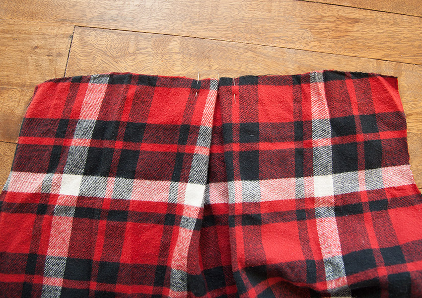 PATCHED-PLAID-SHIRT-PINNED-PLEAT