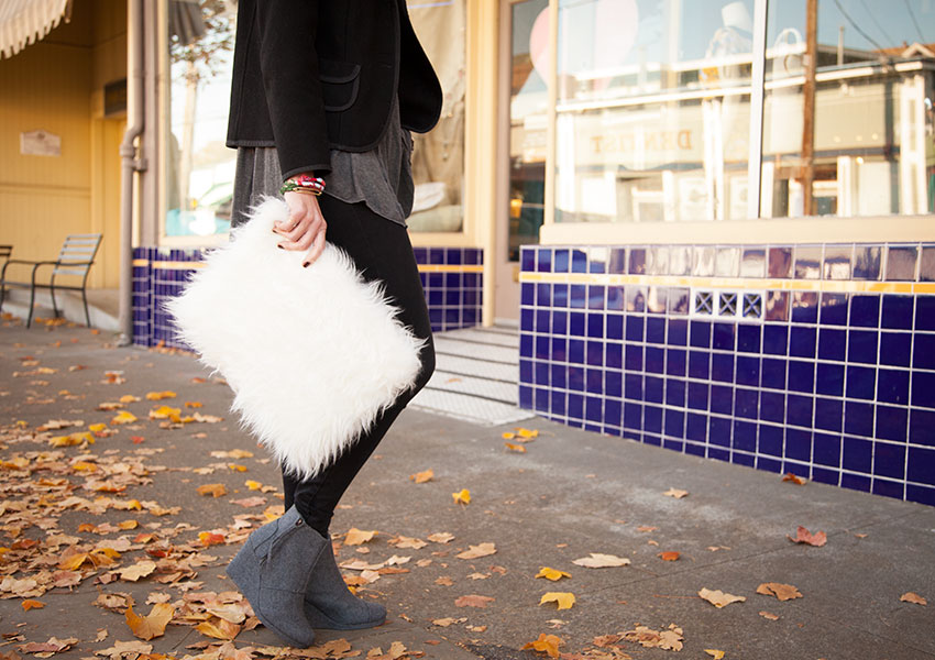 DIY Faux Fur Clutch by Trinkets in Bloom