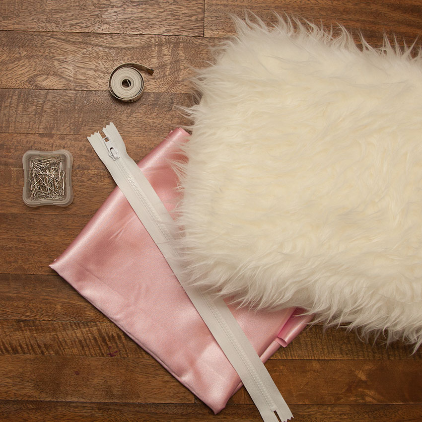 DIY Faux Fur Clutch supplies