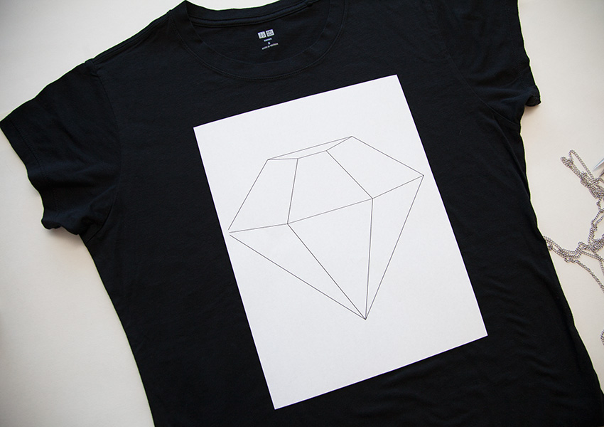 Tee with Chains diamond template