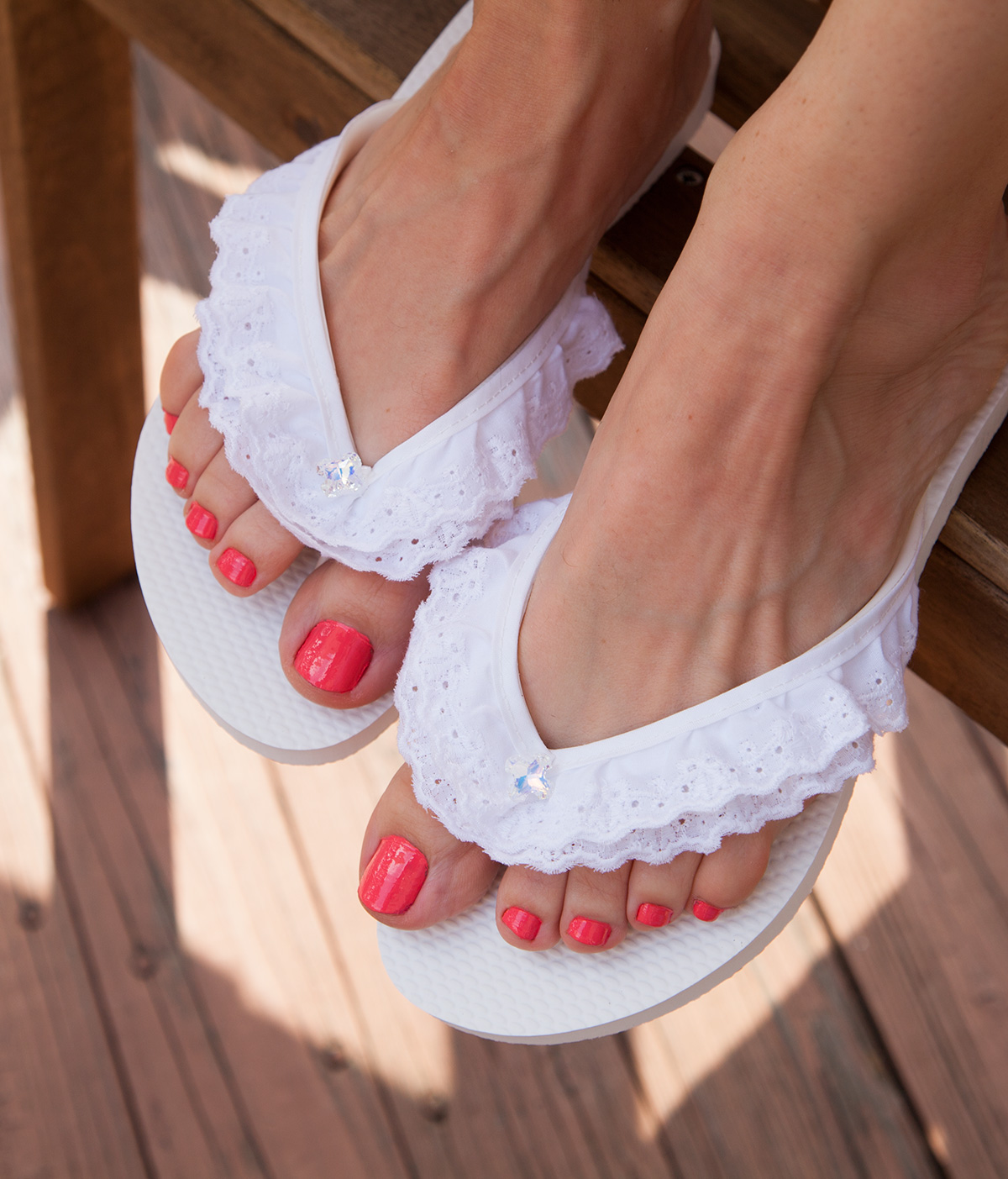 Eyelet DIY Flip Flops feature photo by Trinkets in Bloom