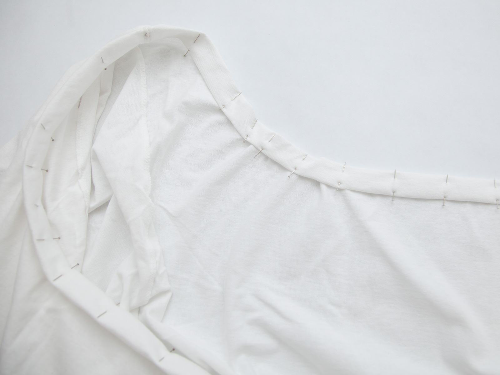 DIY Off the Shoulder Dress pinning the neck