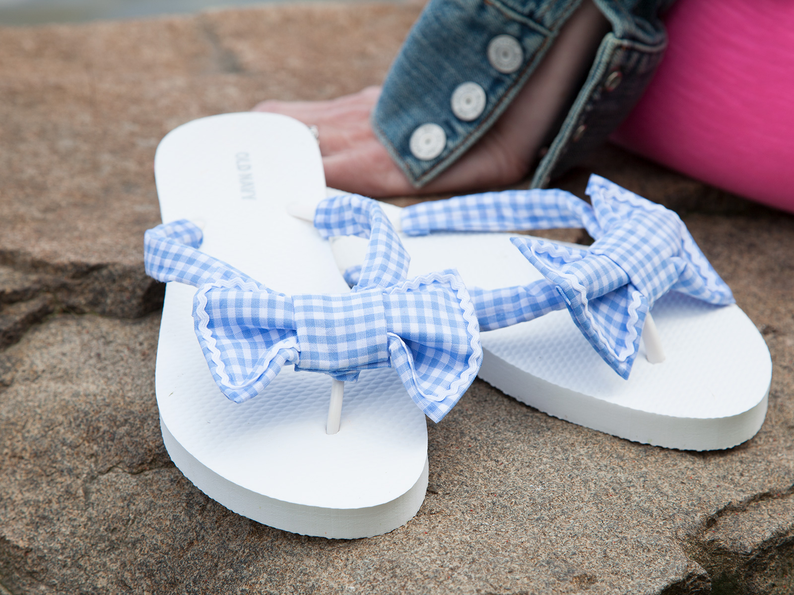 Gingham Flip Flops DIY Photo 2