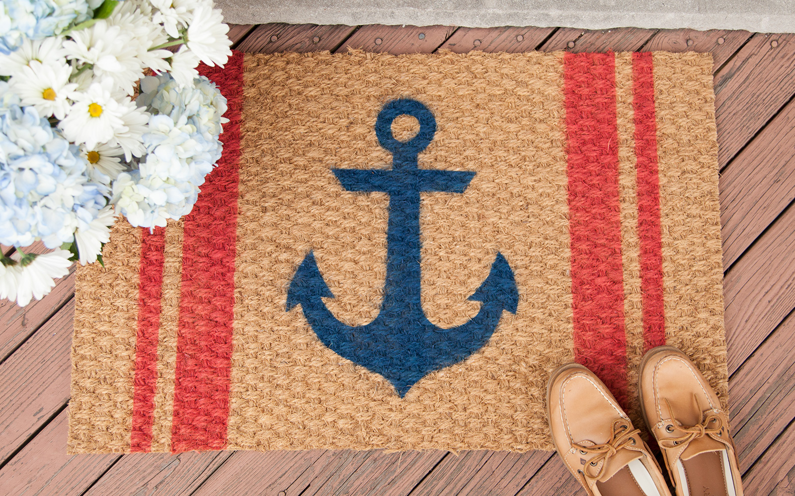 DIY Welcome Mat using ColorShot Outdoor Fabric Spray