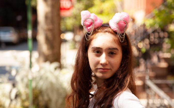 DIY 7 Rings Headband inspired by Ariana Grande