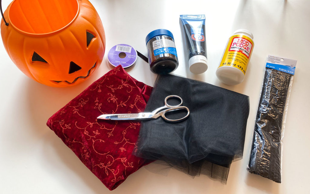 Basic supplies you need to make your DIY Pumpkin Pail